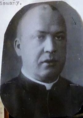 Ks. Paweł Knitter