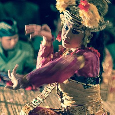 Balinese dance Four Seasons Bali at Sayan