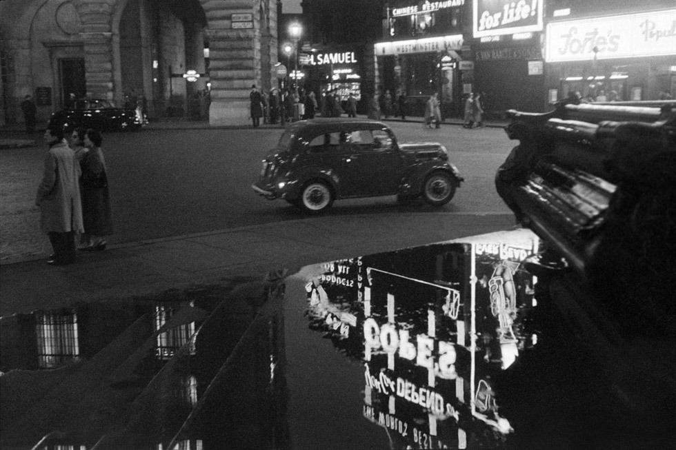 Picadilly Circus, 1959 Photograph by Colin O'Brien How London Has Changed