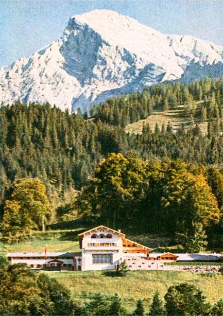 Heinrich Hoffmann postcard of Berghof