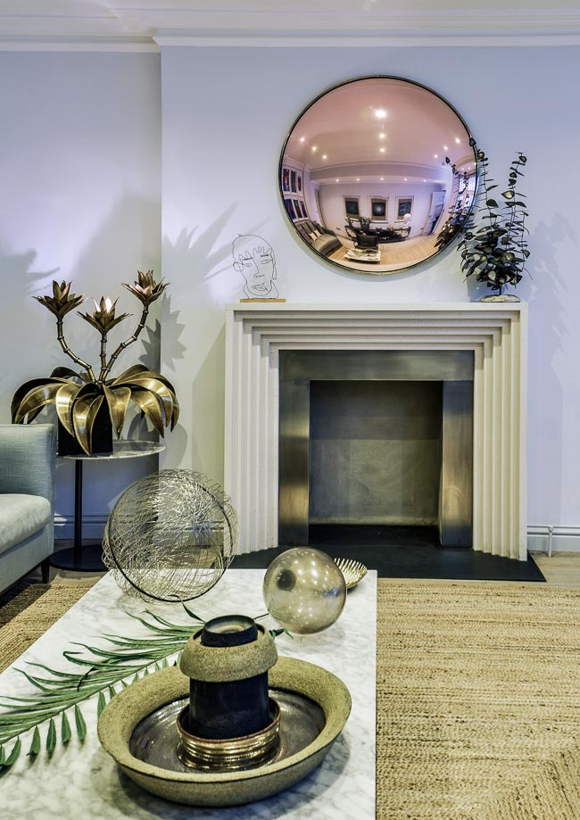 Mirror Designed by Collier Webb the Best Among Luxury Knightsbridge Apartments