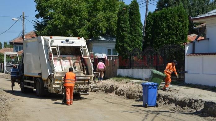 Salubritatea își încetează activitatea de colectare a gunoiului