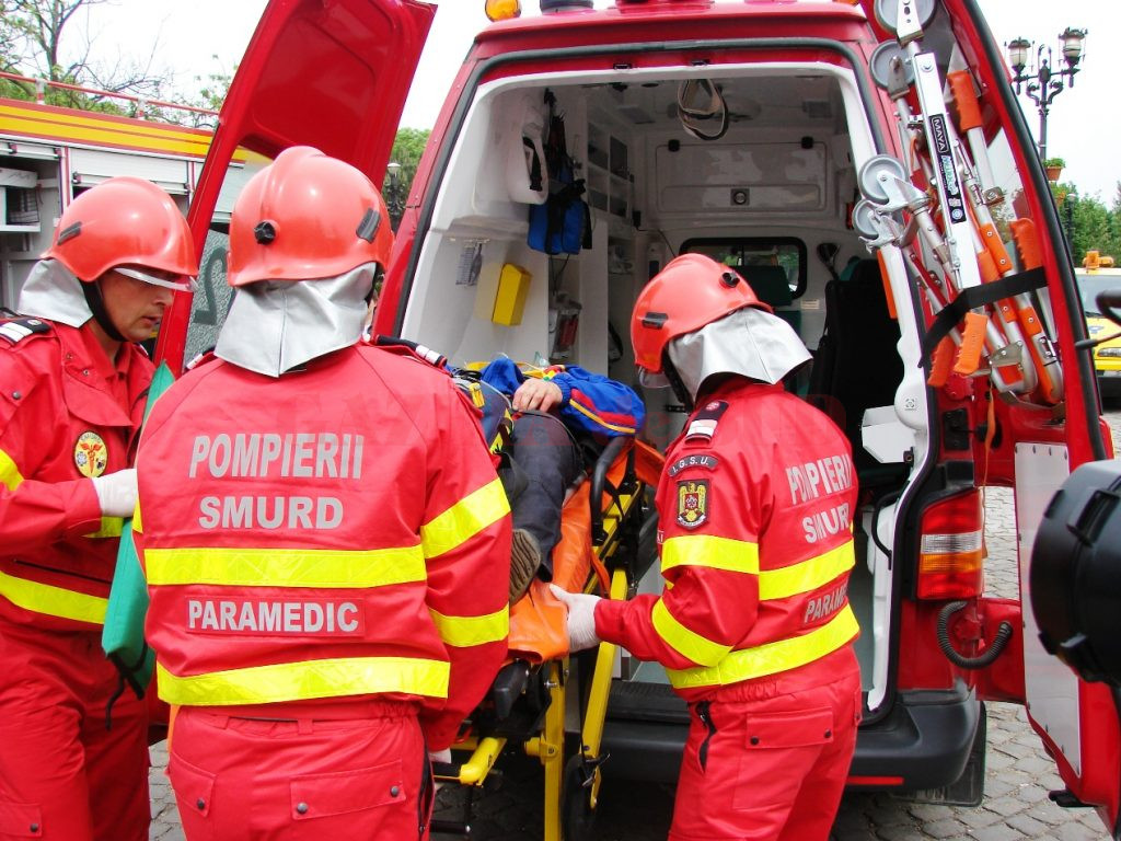 Accident între un nicrobuz și o mașină în județul Giurgiu