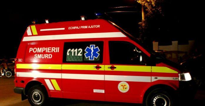 Copil de 12 ani care ar fi fumat etnobotanice, transportat de urgenţă la spital