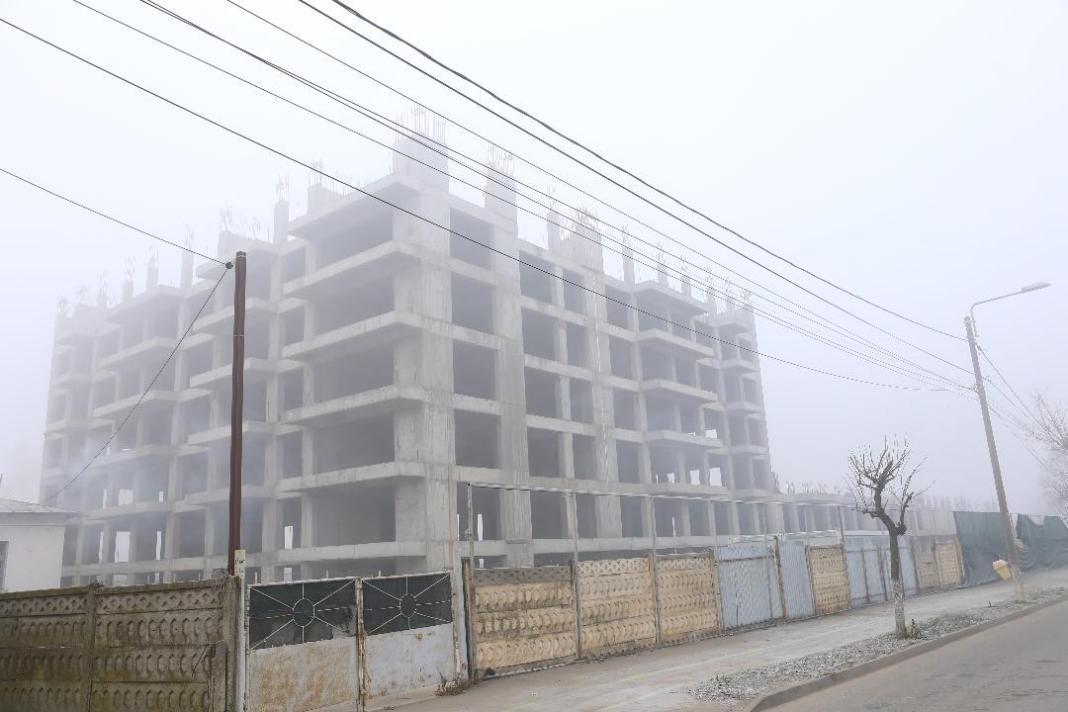 Cartierul de locuinţe de pe strada Caracal din Craiova, un proiect încă în ceaţă