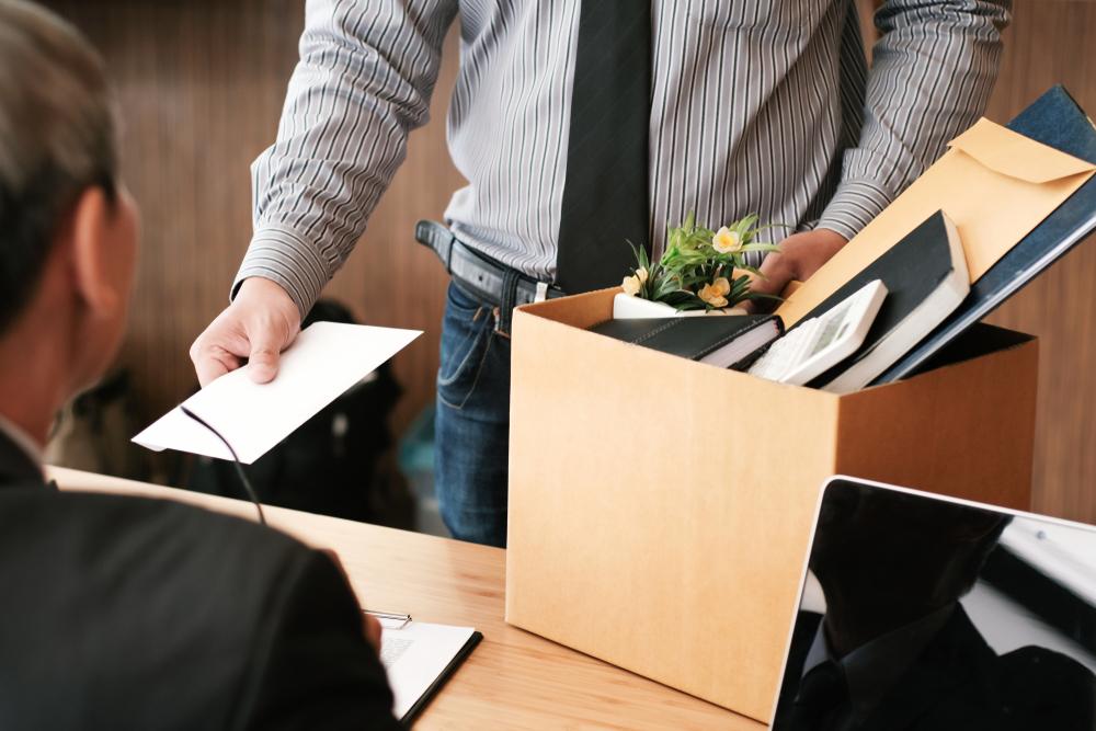 BNS cere Parlamentului sa renunte la legea care suspenda drepturi ale lucratorilor