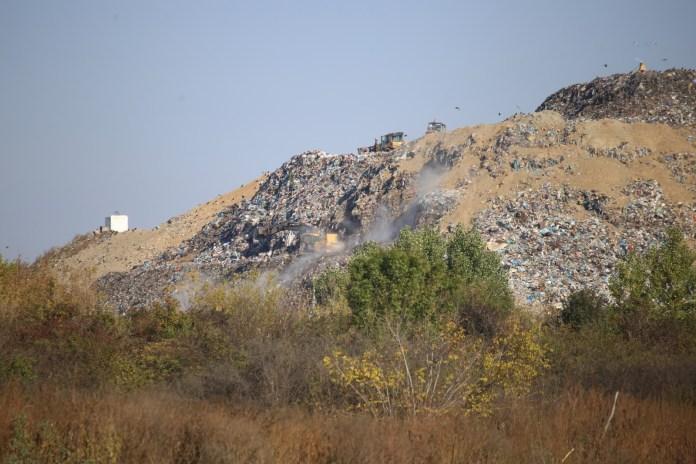 Depozitul de deșeuri de la Mofleni/foto: Claudiu Tudor