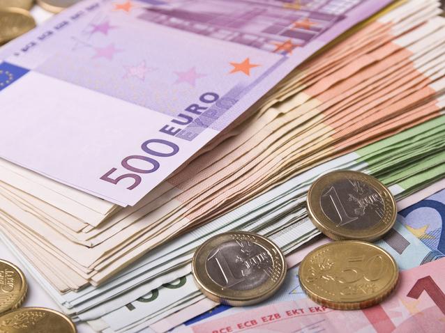 O familie de români care locuiește în Madrid a reușit să anuleze în Spania datorii de 60.000 de euro