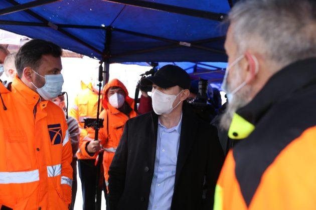 Premierul Florin Cîţu a vizitat, ieri, şantierul primului tronson al Drumului Expres Craiova - Piteşti