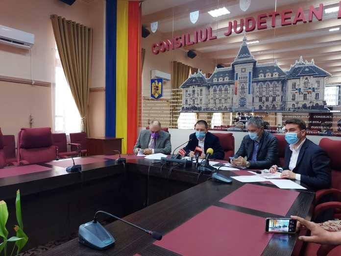 Conducerea Consiliului Judeţean Dolj a prezentat, vineri, proiectul bugetului propriu al judeţului Dolj pentru anul 2021