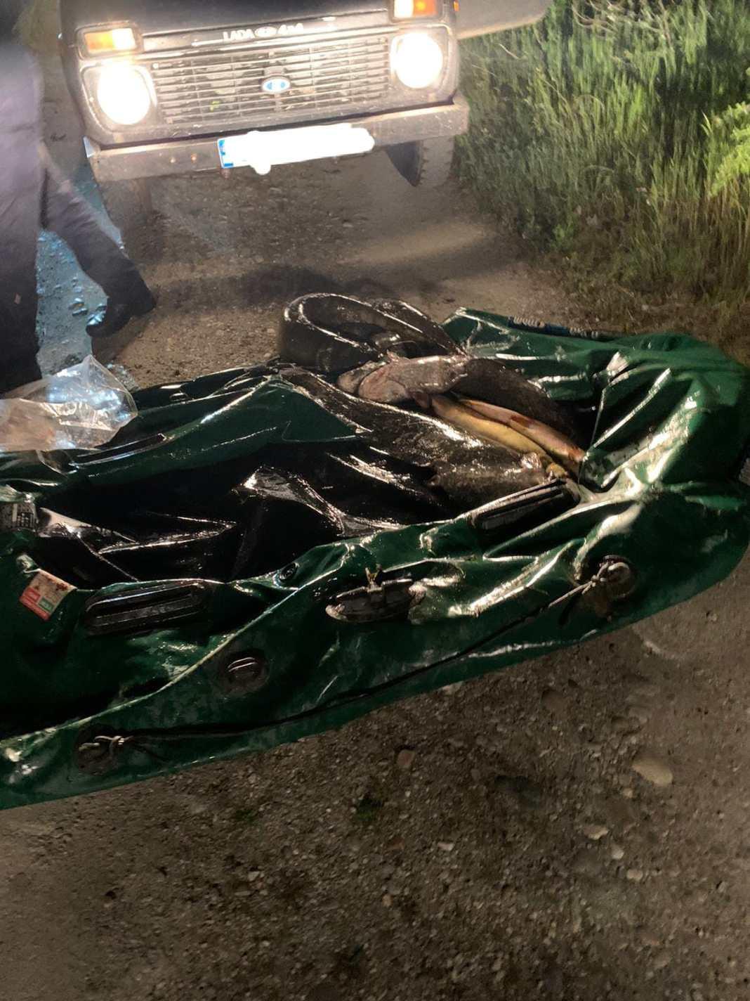 Zeci de kilograme de pește a fost braconat din râul Olt de doi bărbați