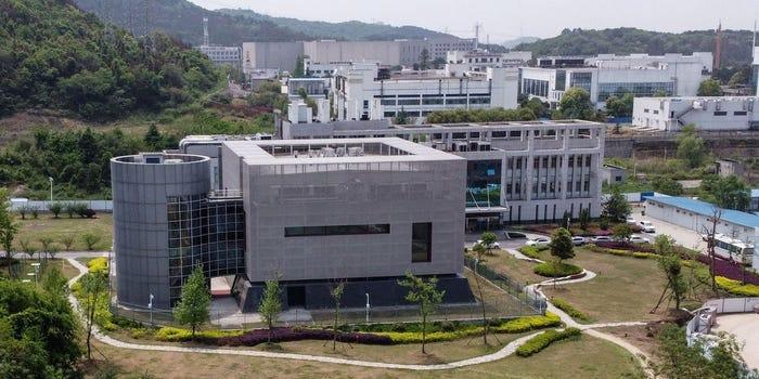 China cere ca laboratorul de virusologie din Wuhan să primească un Premiu Nobel pentru Medicină