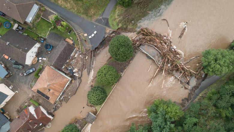 Guvernul german a aprobat un pachet de ajutor de urgenţă pentru victimele inundaţiilor