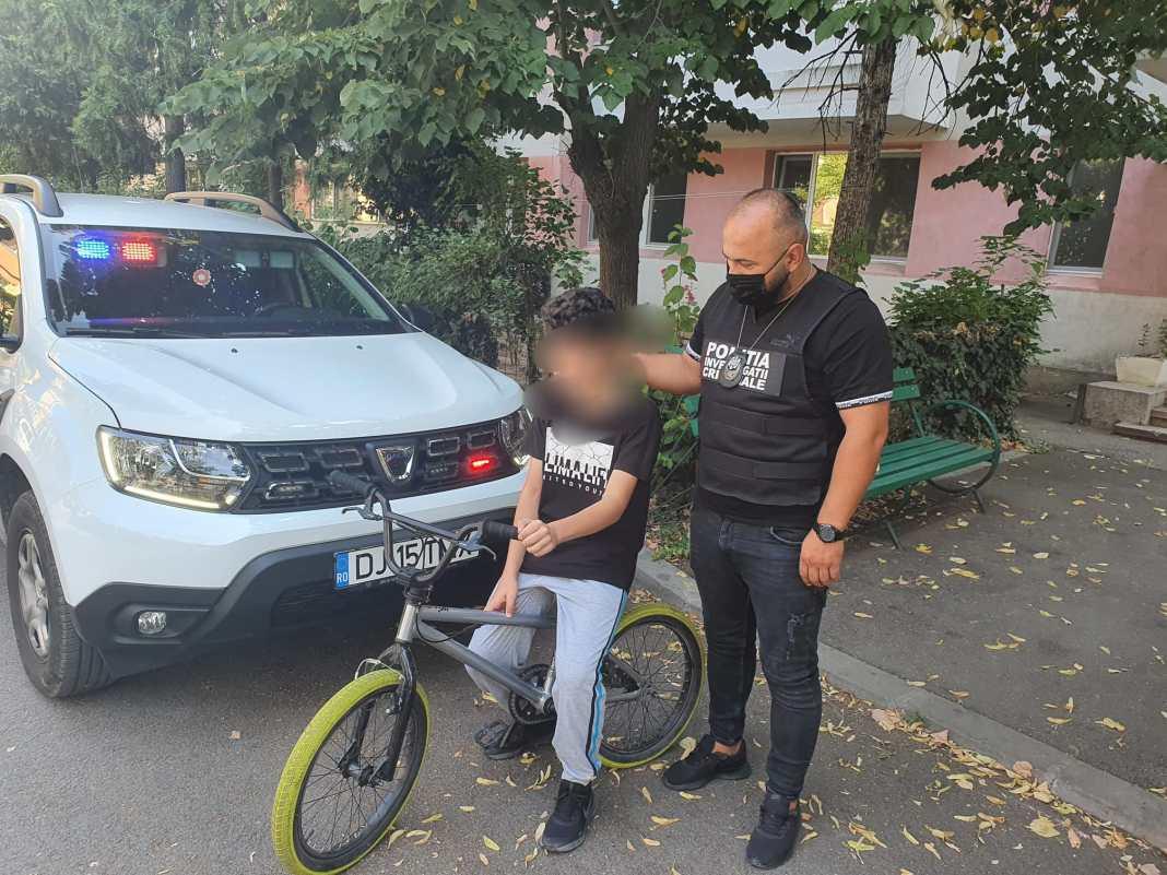 Hoț de biciclete prins de polițiștii de la Secția 4 poliție Craiova