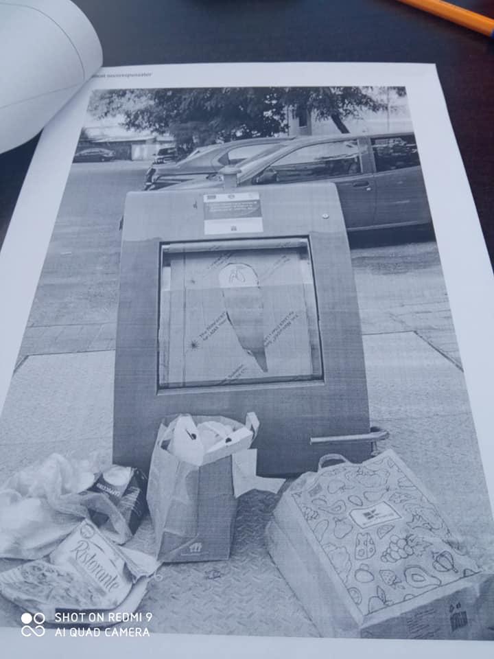 Au fost amendaţi pentru că au aruncat gunoiul pe domeniul public