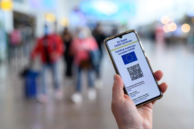 Germania nu mai primește turiști fără pașaport Covid