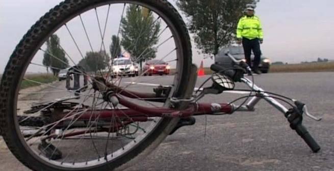 Şofer beat, arestat preventiv după ce a accidentat mortal un biciclist