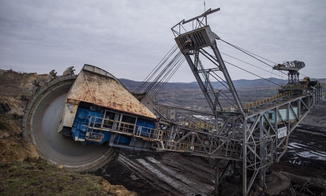 Șefii Complexului Energetic Oltenia a anunțat că personalul TESA va fi redimensionat și va fi redus proporțional cu numărul de lucrători din zona de producție, de la termocentrale și din subunitățile miniere