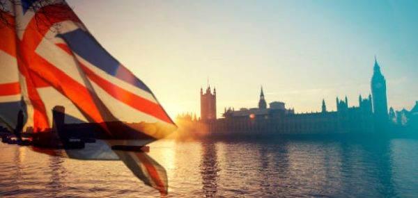 Marea Britanie amână introducerea controalelor vamale pentru UE