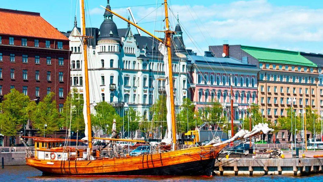 Finlanda a adoptat paşaportul sanitar