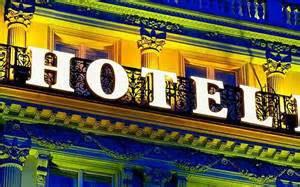 Les hôteliers se réjouissent, Booking.com fait grise mine
