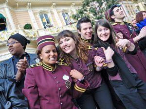 Disneyland avec les «salariés de l'ombre» vous ne les verrez plus de la même façon