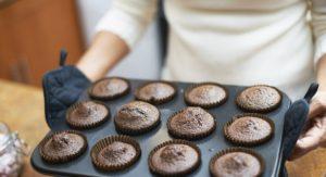 """""""60 millions de consommateurs"""" met en garde contre les moules à gâteaux en silicone et en teflon"""