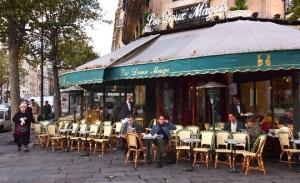 L'extension des terrasses parisiennes prolongée jusqu'en juin 2021