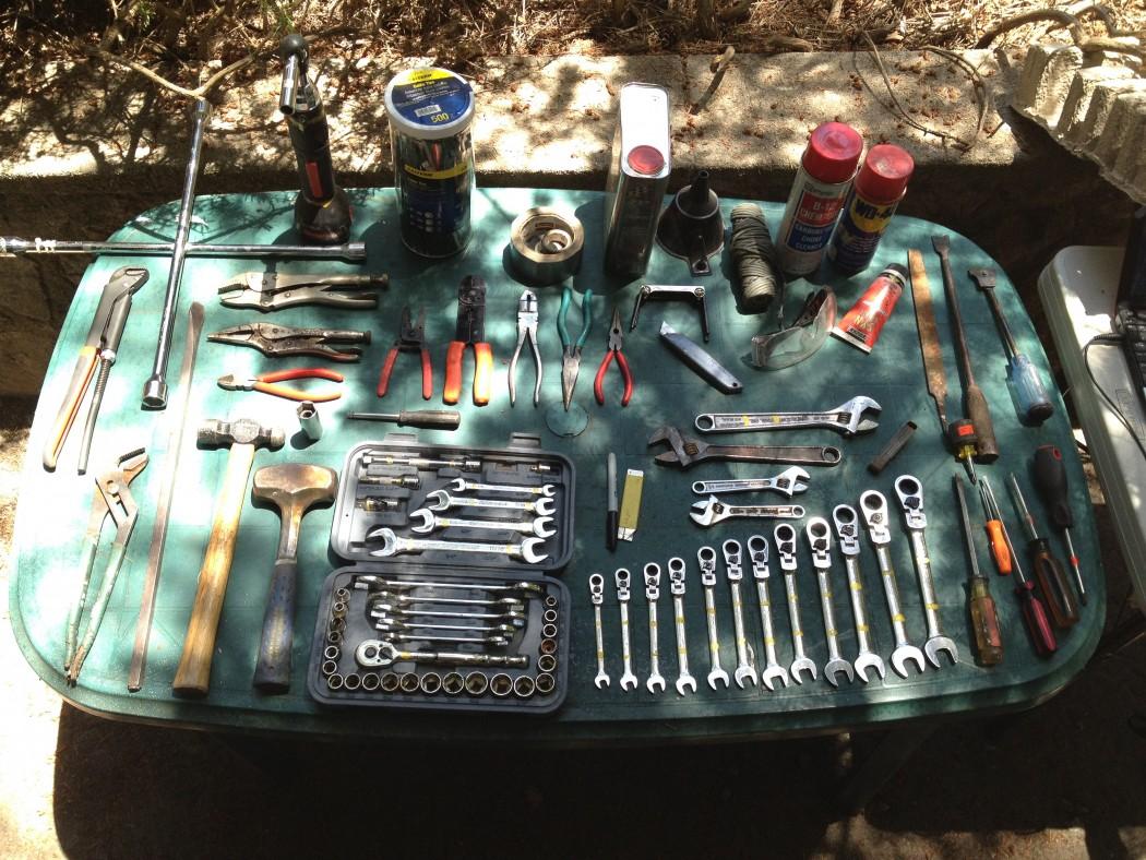 Desert Dingo tool spread
