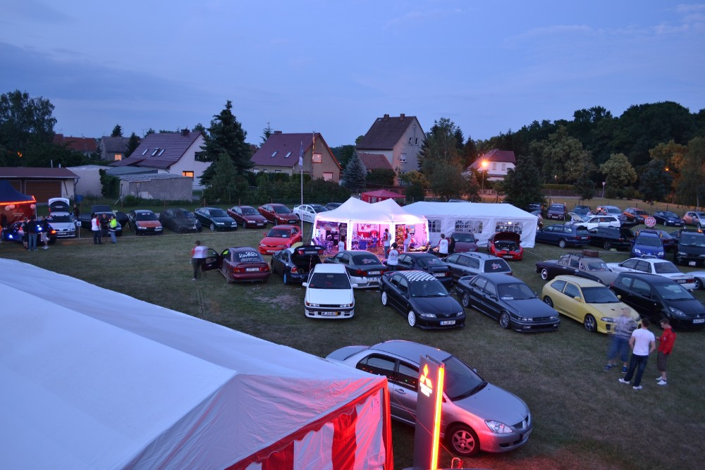 A corner of Elbetreffen, taken from atop the Mitsubishi trailer.