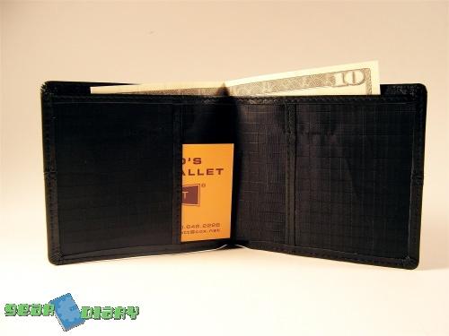 Money Honey - The ALL-ETT Women's Pocket Wallet Review  Money Honey - The ALL-ETT Women's Pocket Wallet Review