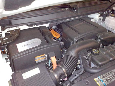 First Drive: 2009 Cadillac Escalade Hybrid  First Drive: 2009 Cadillac Escalade Hybrid  First Drive: 2009 Cadillac Escalade Hybrid