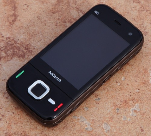 Nokia N85 Walk-Around and First Impressions