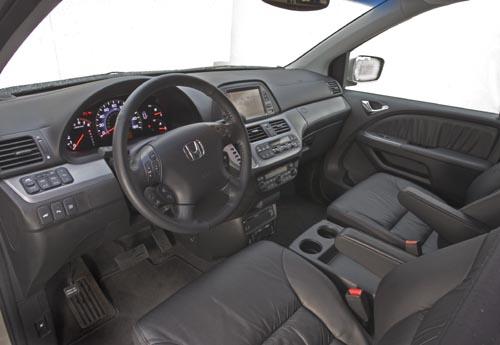 2010 Honda Odyssey minivan  2010 Honda Odyssey minivan  2010 Honda Odyssey minivan  2010 Honda Odyssey minivan