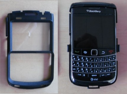 """Preview of """"Otterbox BlackBerry Bold 9700 Defender Case - Review""""-1.jpg"""