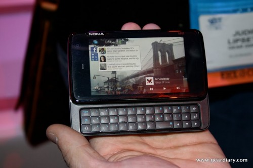Diving Into the Nokia N900