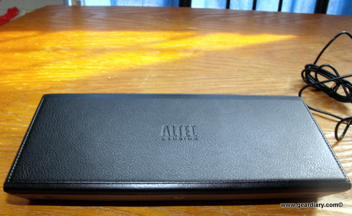 Review: Altec Lansing IMT320 inMotion Compact  Review: Altec Lansing IMT320 inMotion Compact  Review: Altec Lansing IMT320 inMotion Compact  Review: Altec Lansing IMT320 inMotion Compact