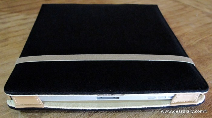 The M-Edge Flip Jacket for Apple iPad Is Simple and Effective Protection