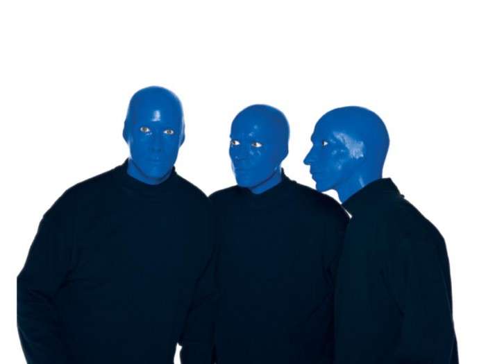 Random Cool Video: Blue Man Group Uses Giant iPhone-Like Devices On Regis & Kelly