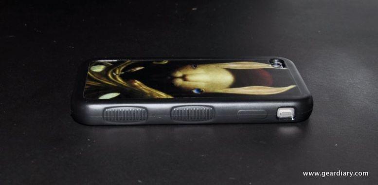 iPhone 4 Case Review:  izozzi FormFit