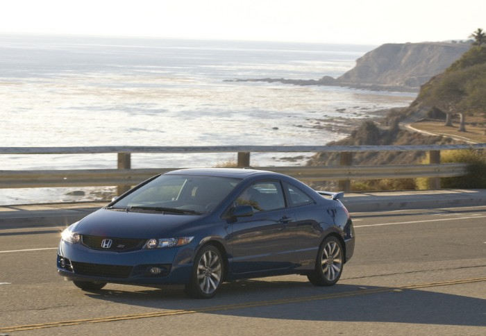 Fun around every corner in Honda Civic Si