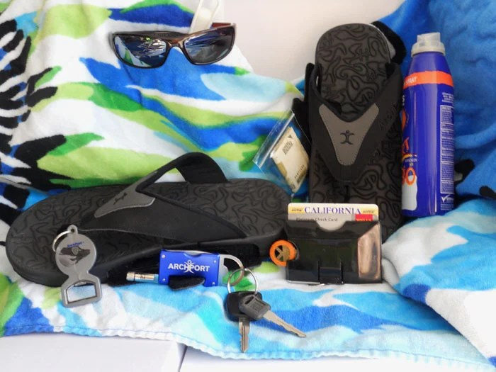 ArchPort YogiStash Flip Flops Sport a Light, a Bottle Opener, and It Can Carry More!