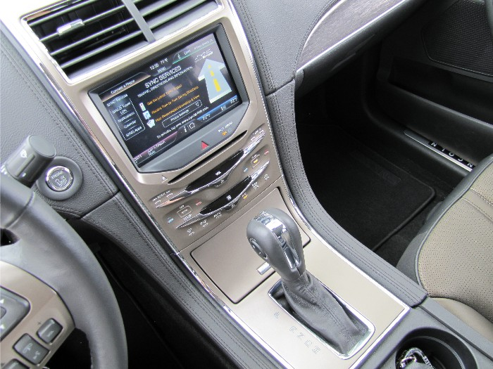 2011 Lincoln MKX More Than a Fancy Ford  2011 Lincoln MKX More Than a Fancy Ford  2011 Lincoln MKX More Than a Fancy Ford