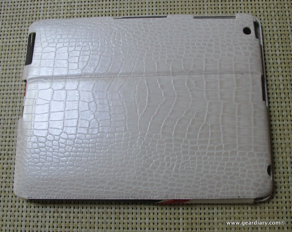 iPad 2 Case Review: ZENUS iPad 2 Leather Case with Stand 'Prestige' Crocodile Sportism Series