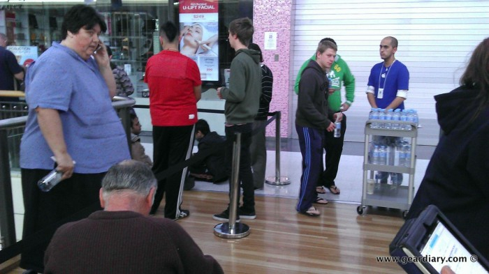 Lining Up for the iPhone 4S, Australian Style!  Lining Up for the iPhone 4S, Australian Style!