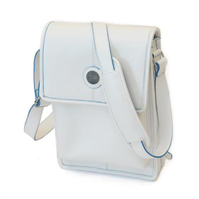 Jill-e Designs Shows Off Stylish E-GO Leather Tablet Tote for iPad 2