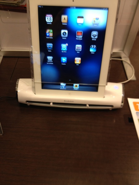 Brookstone's iConvert Scanner for iPad Review