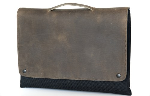 Waterfield Designs' CitySlicker Brings Style and Minimalist Protection to Your MacBook Air