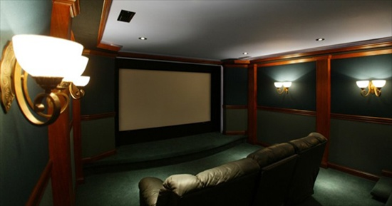 Dude Turns Basement Into Full Movie Theater Includes