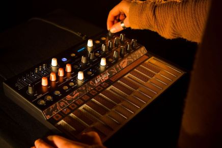 Arturia announces the MicroFreak digital synthesizer